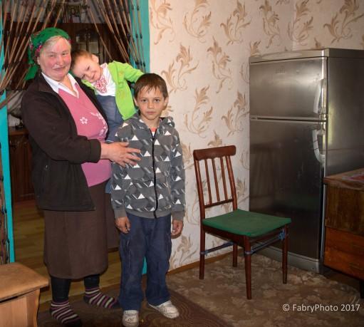 Vladyslav, Nazar e la nonna