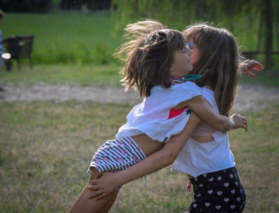 Un forte abbraccio